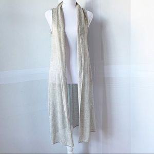 White House Black Market light weight duster vest